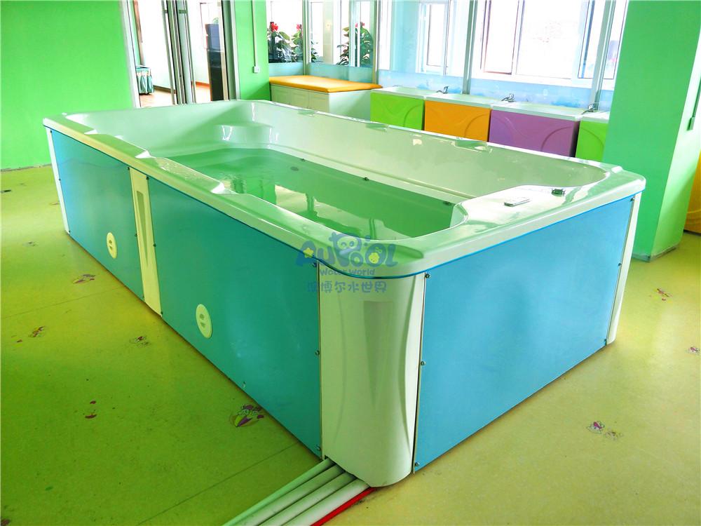 婴儿游泳馆设备